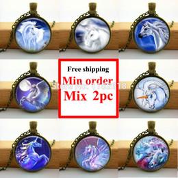 Wholesale-Wholesale Glass Picture Pendant Sliver Unicorns Necklace Fantasy Unicorns and Pegasus Pendant Round Glass Necklace
