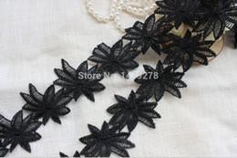 Wholesale Lace Trim White Black Venise Lace Trim antique lace trim maple leaves lace trim yards