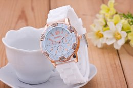 Brand New fashion geneva Watch Women Anlog Quartz Rhinestone Decoration Chronnograph Rose Gold Dial Silicone Watch