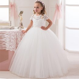 2016 New Elegant Flower Girls Dresses For Weddings Party Lace Top White   Ivory Tulle Ball Gown Flowergirl First Communion Dress