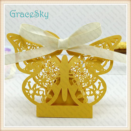 100pcs Free shipping Lace Butterfly Design Wedding Decorations Chocolate Candy Boxes Elegant Hollow Out Paper wedding Party Decoration