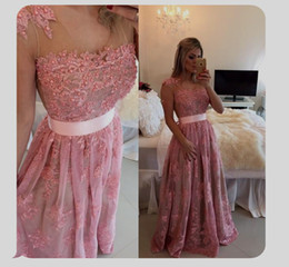 Spring 2016 Pearls Lace Pageant Dresses Sexy Beads Lace Vintage Formal Evening Prom Gowns With Sleeveless