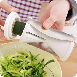 Wholesale Fruit and Vegetable Chopper Tools Spiral Slicer Spirelli Grater Vegetable Julienne Easy Spiral Fruit Slicer Twister Cuisine Cutter ST06