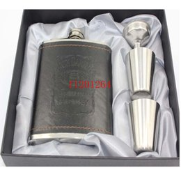 Wholesale 10sets oz leather wrapped hip flask cups funnel With Retail box For Gift