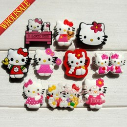 Wholesale Hello Kitty Novelty PVC shoe charms Cartoon Shoe Decoration Shoe Buckles Accessories Fit Bands Bracelets Croc JIBZ Kids Party Gifts Toys