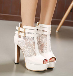 Wholesale Elegant Bridal Wedding Shoes Lace Wedding Boots Summer Hollow Out Platform Shoes Party Evening size to