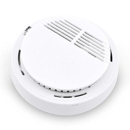 Wholesale 100pcs HOT Stable Photoelectric Wireless Smoke Detector for Fire Alarm Sensor with F22 Battery Home Security