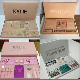 Kylie Jenner I WANT IT ALL The Birthday Collection Makeup Set NICE NAUGHTY Eyeshadow Palette Cosmetics KKW BEAUTY Lip Gloss Kylie Vacation