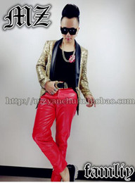 A male singer fashionable nightclub in the Korean version shows golden sequined leather blazer costumes. S - 6 xl