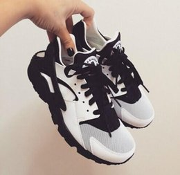 Wholesale Cheaper price With Red Box Air Huarache Men Sneakers Black White Sneakers Breathable Running Shoe Huaraches