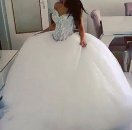 New Arrival 2018 Classic Fashion Ball Gown Wedding Dress With Rhinestone Bodice Bridal Gown Puffy Skirt Tulle Skirt