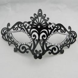 Sexy Woman Masks Luxury Crystal eyeline Party Masks Venetian Masquerade mask Carnival Mardi Gras Costume black red mask free shipping