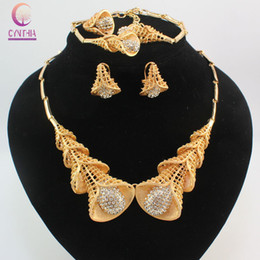 New Nobler Dubai Design Fashion Costume Crystal Necklace Find Dubai 18K Gold Plated Necklace Earrings Bracelet Ring Jewelry Sets Gorgeous