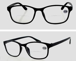 Wholesale R8816 polarized lenses bifocal Plastic Reading Glasses Women Men Sun Readers With Case Cleaning Cloth