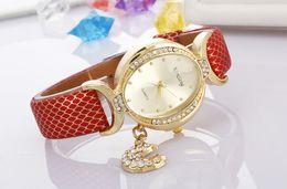 Newest Fashion Golden Women Moon Star Dress Watch Leather Quartz Dress Ladies Rhinestone Casual Wristwatch relogio Gift