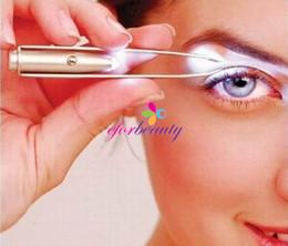 Wholesale Stainless Steel Eyebrow Tweezers With LED Light Eyelash Curler Tweezer Trimmer Makeup Tools New Arrive