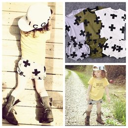 Wholesale 2015 Summer Fashion Boys Necessary Suits Baby Cartoon Cross outfits T shirt big PP pants kids Cotton clothes DHL free MOQ sets SVS0315
