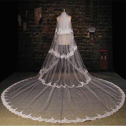 Hot Sale Bridal Veils Royal 2019 4 Circles Applique Elegant Design Wedding Veils Cathedral Customized Length