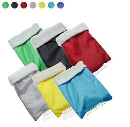 Wholesale Warm gloves with snow shovel snow automotive tools car snow brush with scraper scraping snow