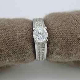 Wholesale Patines Real New White Stone Aliancas De Casamento Vintage Jewelry Crystal Rings for Women Joias Anel Bijoux Anillo Size Sale Y006