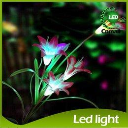 Wholesale LED Solar Garden Lights LED Solar Power Flower Garden Stake Light Color Changing Outdoor Garden Path Yard Decoration LED LED Flower Light