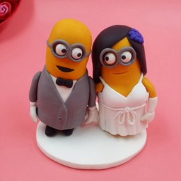 Wholesale Dispicable Me Minions Wedding Cake Topper Custom Made cm Mini Mrs Mrs Cake Topper Figurine Sculpture Children Birthday Cake Toppers