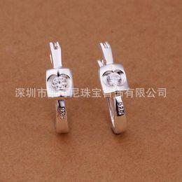 Wholesale 2015 fashion jewelry sterling silver studs earrings for women piercings crystal Trade new personality zircon U shaped earring studs appl