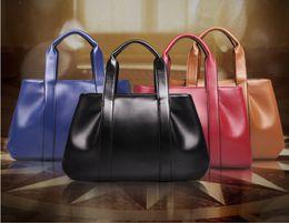 Wholesale Leather handbags new European and American fashion leather handbags Mobile Messenger diagonal shoulder bag lady
