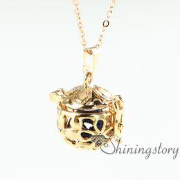 flower openwork essential oil diffuser necklace wholesale oil diffuser necklace diffuser jewelry necklace diffuser aromatherapy inhaler