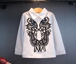 Fashion Baby Girls Clothes Girl Shirts Tops Kid Floral Embroidery Shirt 2015 Summer Children Clothing Kids Long Sleeved T-shirt