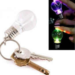 Free Shipping !!!Cute Mini Changing Color LED Light Bulb Keychain Key Ring DK9000LD