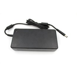 Wholesale 210W V Genuine Laptop Adapter Black Color High Quality Power Supply Battery Charger for Dell Gateway PA E