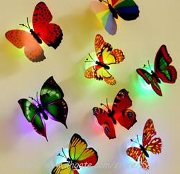 Noche de mariposa en venta-Luces de nueva caliente LED brillantes mariposa RGB luz de la noche del LED hermoso y romántico en la noche 100000 horas de vida útil con el paquete al por menor