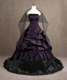 Purple And Black Ball Gown Vintage Wedding Dresses With Wraps Lace Applique Bead Strapless Satin Bridal Gowns No Sleeve Dresses Prom Wear