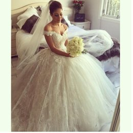 2019 Princess Style Lace Wedding Dresses Ball Gown Off Shoulder Lace Tulle Romantic Bridal Gowns Lace up Back Custom Made W1031