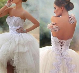 Wholesale Hi Lo Lace Wedding Dresses Beading Formal Summer Beach Bridal Gowns With A Line Strapless Plus Size Lace Up Back Tulle Fabric