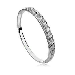 Fashion Bangle Bracelets Elegant Design Zinc Alloy Austrian Crystal Bangle Bracelets for Women Cheap Jewelry Online E23