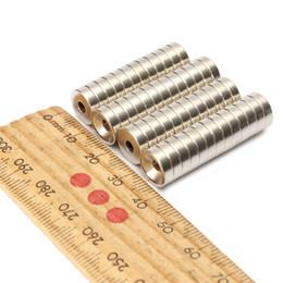 50pcs Super rond rond Neodymium Aimants anneau de 10mm x 3mm Trou: 3mm Rare Earth N50 à partir de aimant néodyme forte fabricateur