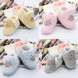 New Fashion Baby Toddler First Walker Shoes Lovely Cartoon Animal Design Coral Velvet Newborn Baby Shoes Prewalker Babe Infant Shoes EWV*1