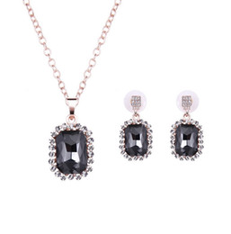 Fashion Crystal Necklace Earrings Jewelry Sets For Women Best Gift Jewelry 18KGP Plated Alloy Fine Jewelry Sets 61152091