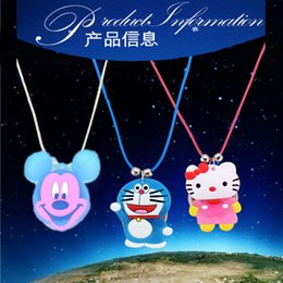 Kawaii flash light emitting pendant necklace soft children's toys gift to spread the supply of a variety of mixed batch