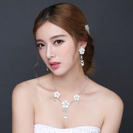 Wholesale 2016 Amazing Bridal Hair Accessories Handmade Korean Short Hair Wedding Bridal Hairbands Wedding Tiaras Sexy Bridal Headpieces