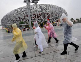 EMS Free Shipping Disposable PE Raincoat Poncho Rainwear Travel Rain Coat Rain Wear gifts mixed colors