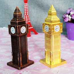 Wholesale 15 CM Europe type ancient Big Ben metal crafts souvenir building architectural models Home Office Desk Decorations supplies