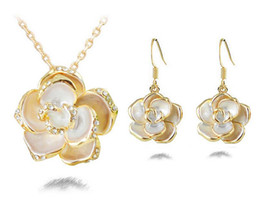 18KGP Flower Necklace Earrings Jewelry Sets For Women Fashion Party Jewelry Sets Top Quality Jewelry Set G082
