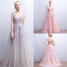 Vintage 2018 Lace Tulle Prom Dresses A Line V Neck with Appliques Open Back Evening Gowns Bridal Reception Dress Cheap CPS304