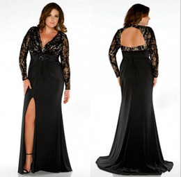 2015 Plus Size Black Sheer Evening Dresses Backless Long Sleeves Mother of the Bridal Dress V Neck Formal Occasion Prom Gown with Split