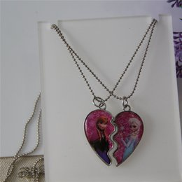 Wholesale 2015 sweet jewelry parts broken heart Elsa and Anna best friends sister pendant necklace nice gift for kids girls party cosplay jewelry