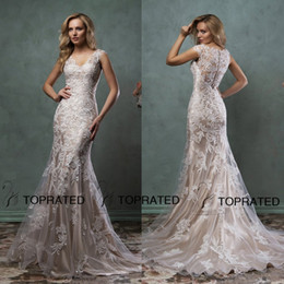 2019 Lace Wedding Dresses Mermaid Bridal Gown With Scoop Sheer Back Covered Button Ivory Nude Court Train Amelia Sposa Custom Made