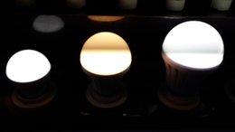 Ampoule LED E14 Hot Globe Lumières 3W / 5W / 7W / 9W12W / 15W Blanc Super Bright Light Bulb économie d'énergie lampe 10pcs / jusqu'à à partir de énergie ups fournisseurs
